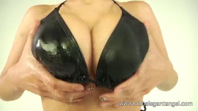 Очень прозрачное бикини девочки